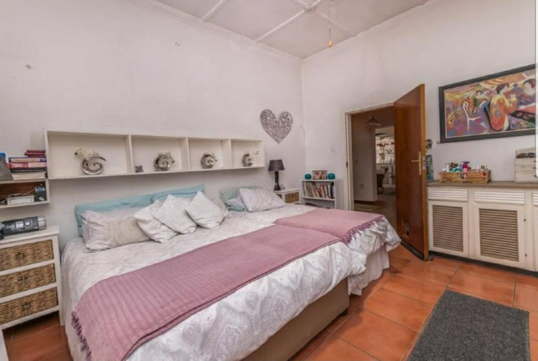 5 Bedroom House For Sale in Villieria