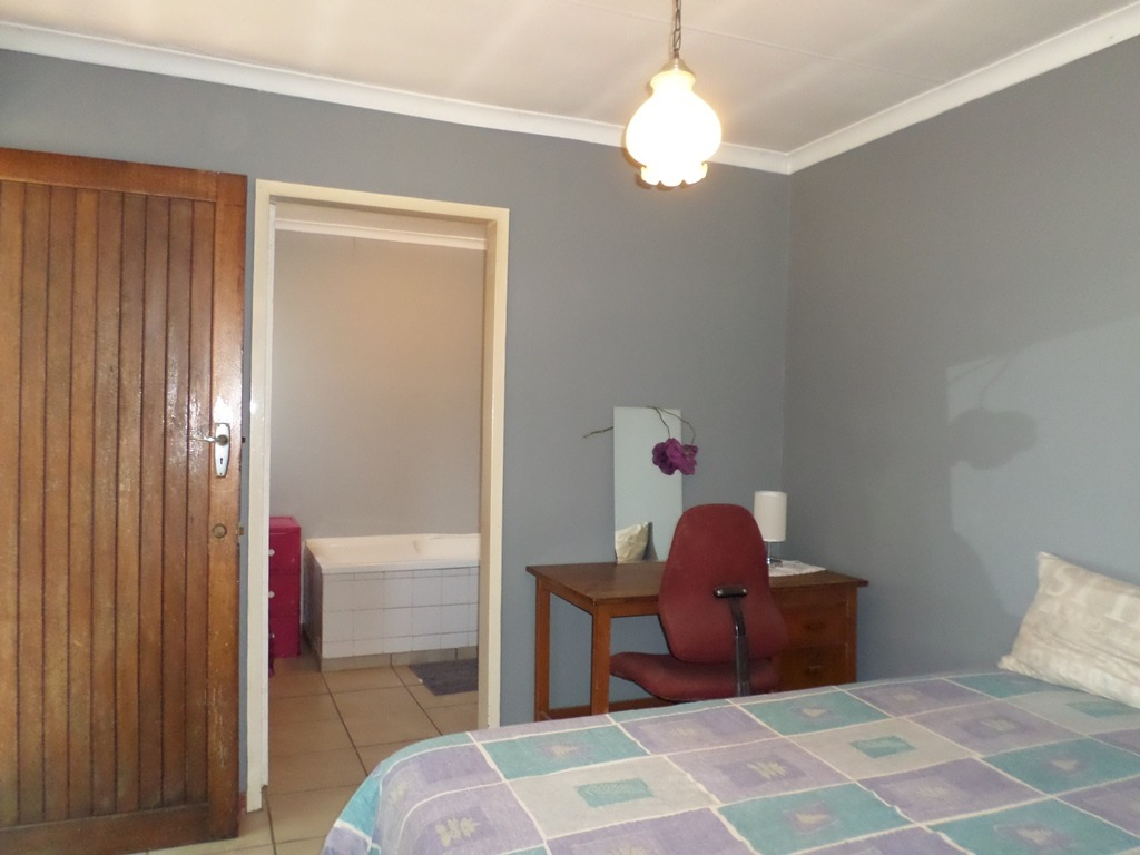 4 Bedroom House For Sale in Albemarle