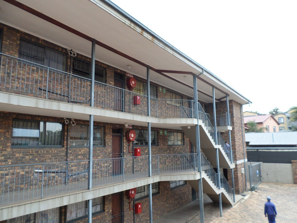 1 Bedroom Apartment / Flat For Sale in Alberton North