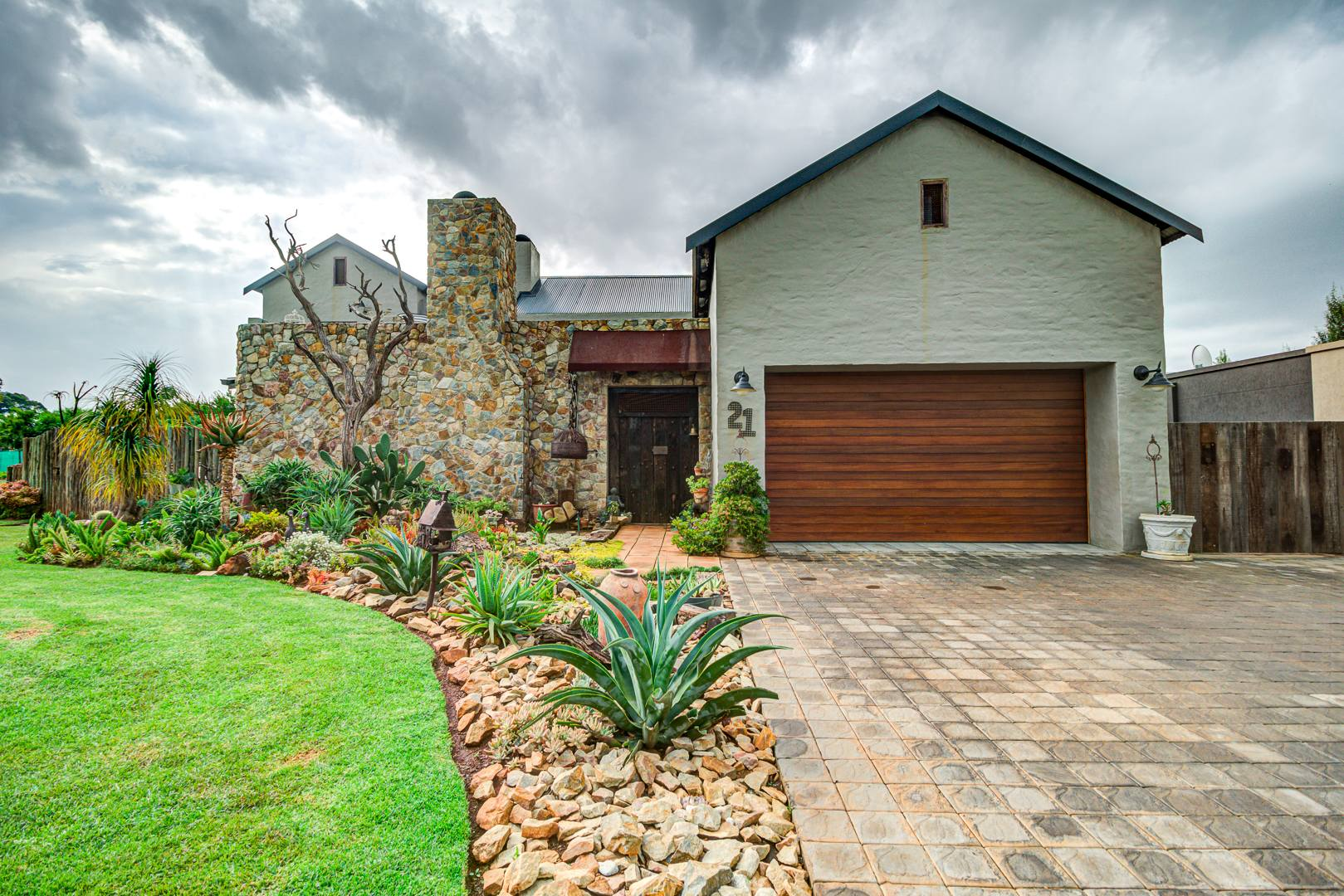 4 Bedroom House For Sale in Witfontein AH