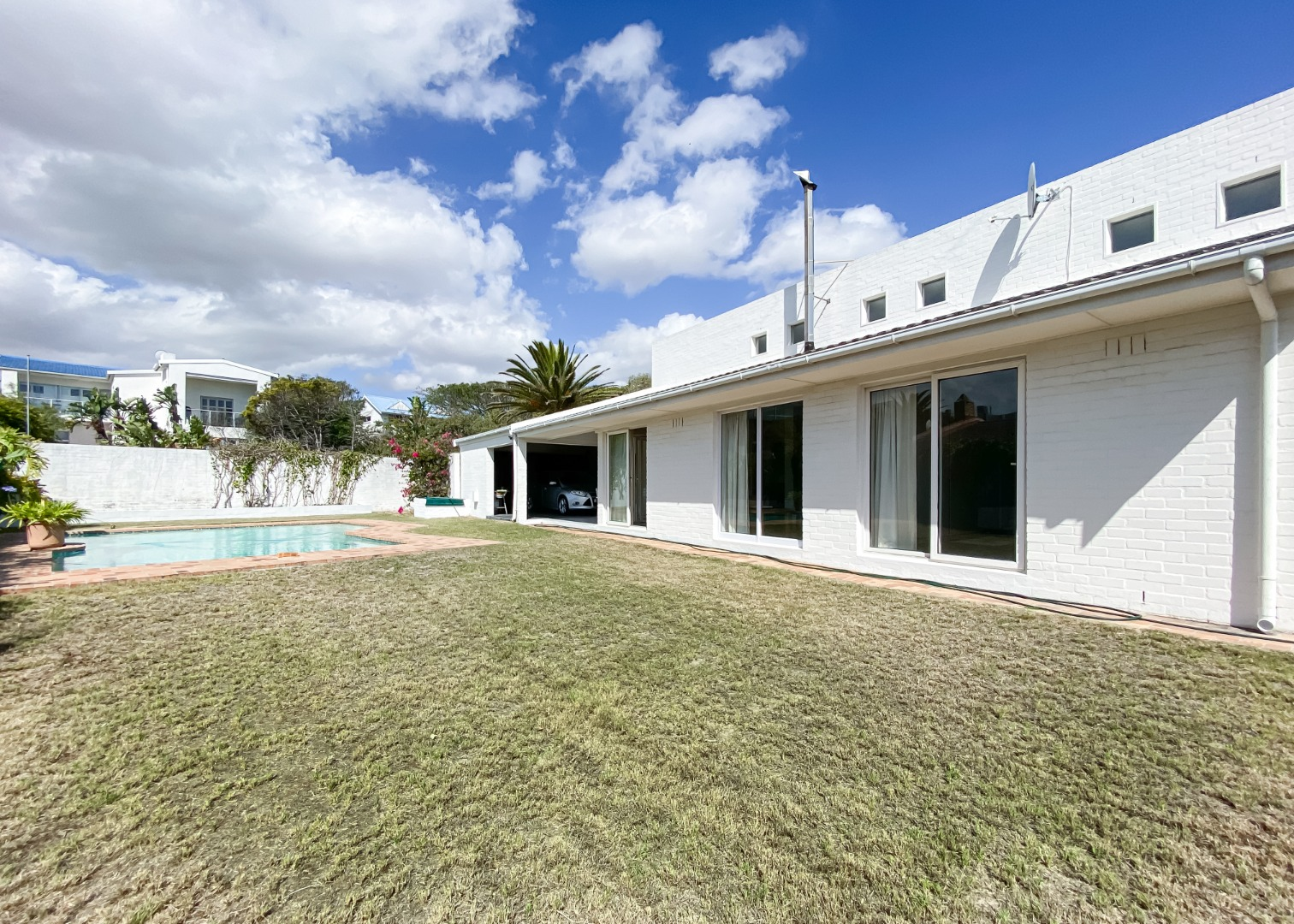 3 Bedroom House For Sale in Van Riebeeckstrand
