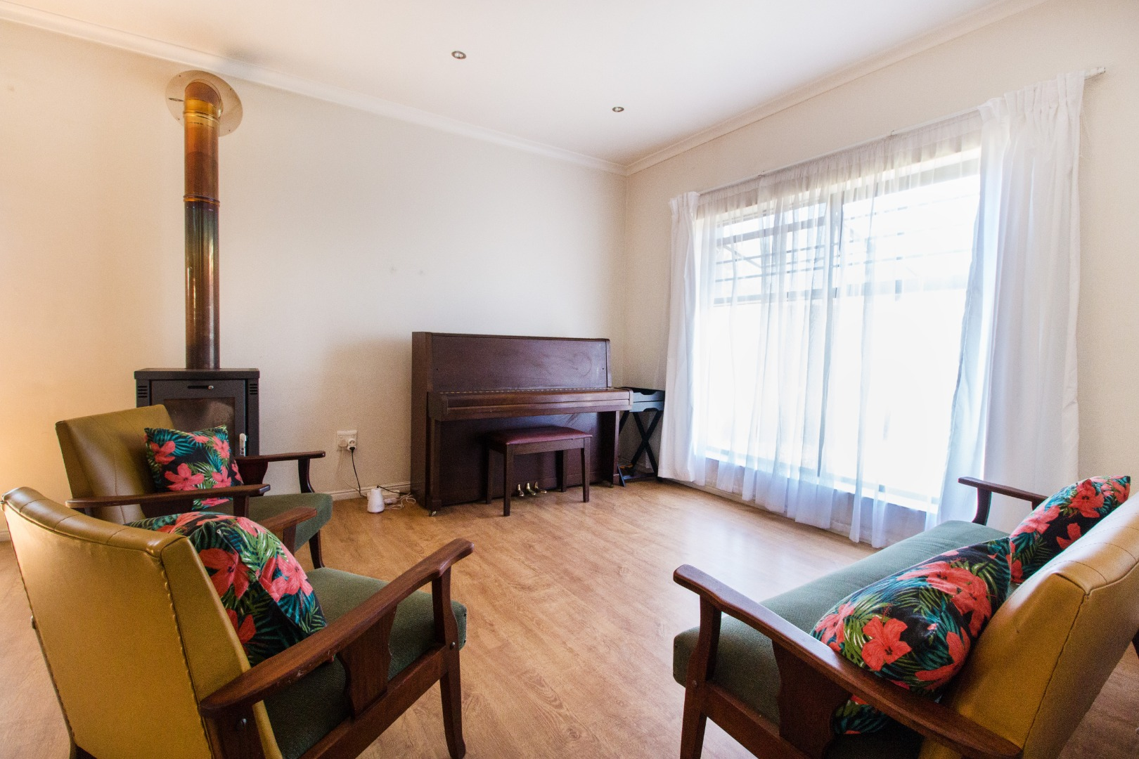 2 Bedroom House For Sale in Wellington Central