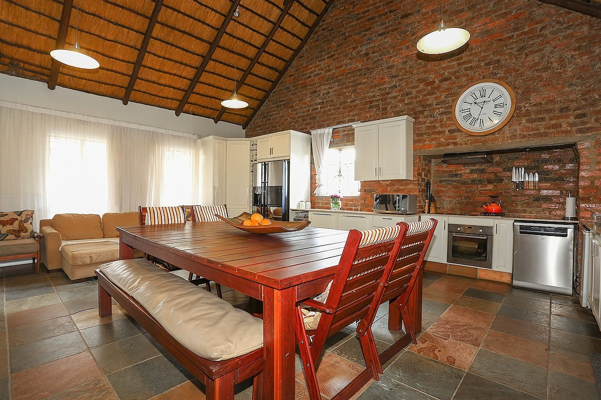 3 Bedroom House For Sale in Bromhof