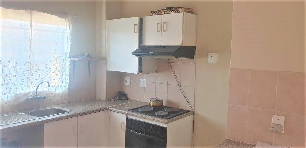 2 Bedroom Apartment / Flat For Sale in Sundowner