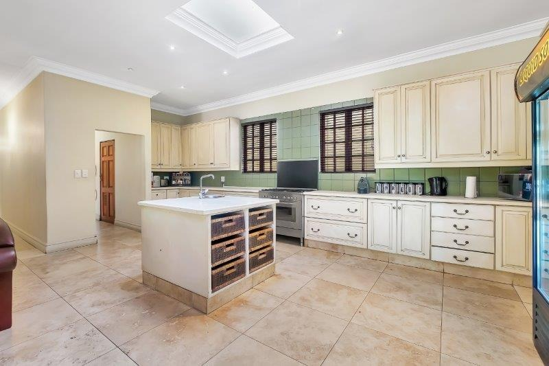 5 Bedroom House For Sale in Jukskei Park