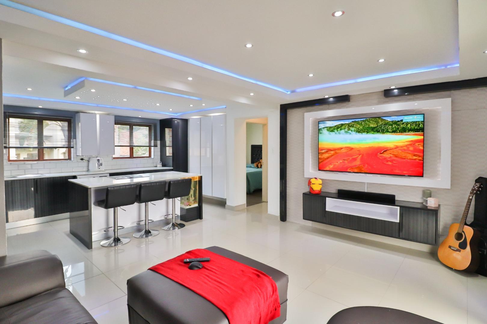 2 Bedroom Apartment / Flat For Sale in Randpark Ridge