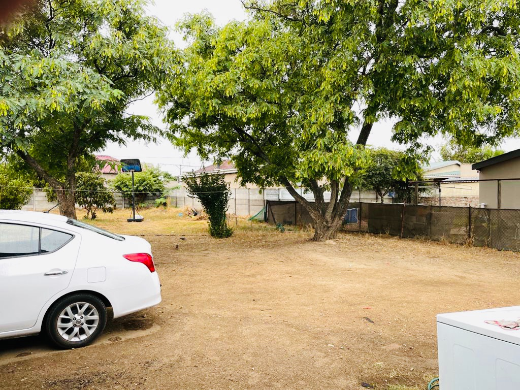 2 Bedroom House For Sale in Wellington North