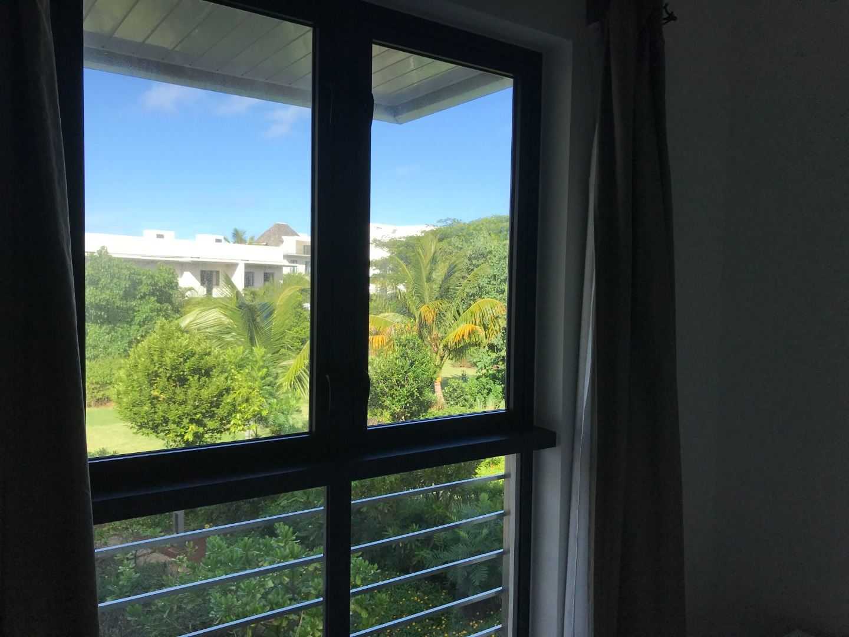 3 Bedroom Apartment / Flat To Rent in Roche Noire