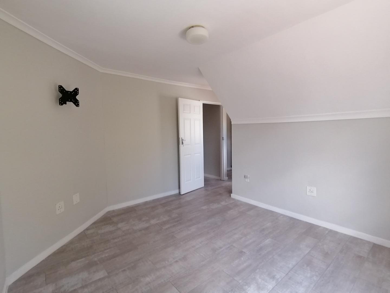 4 Bedroom Townhouse To Rent in La Colline