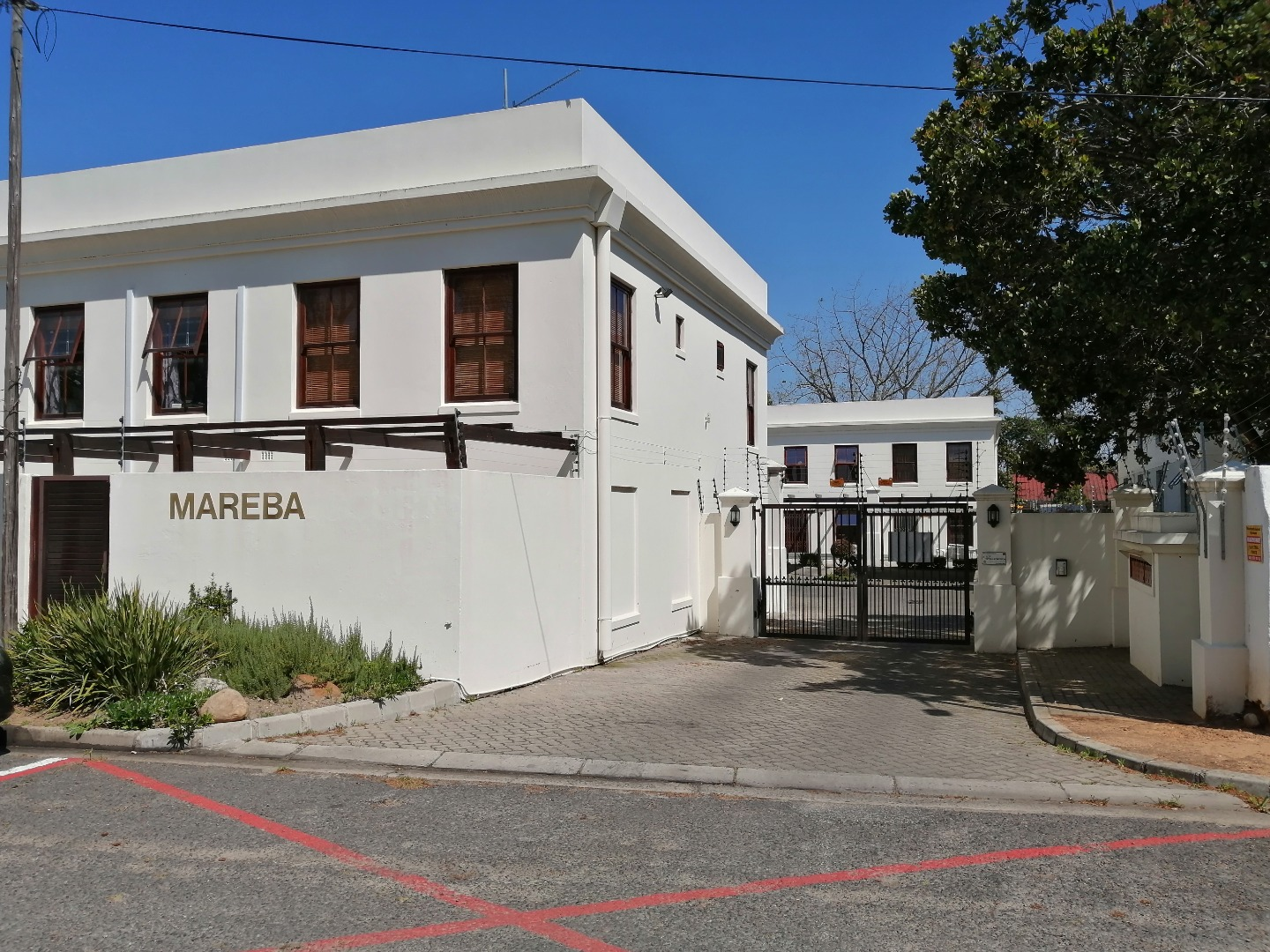 2 Bedroom Townhouse To Rent in Stellenbosch Central