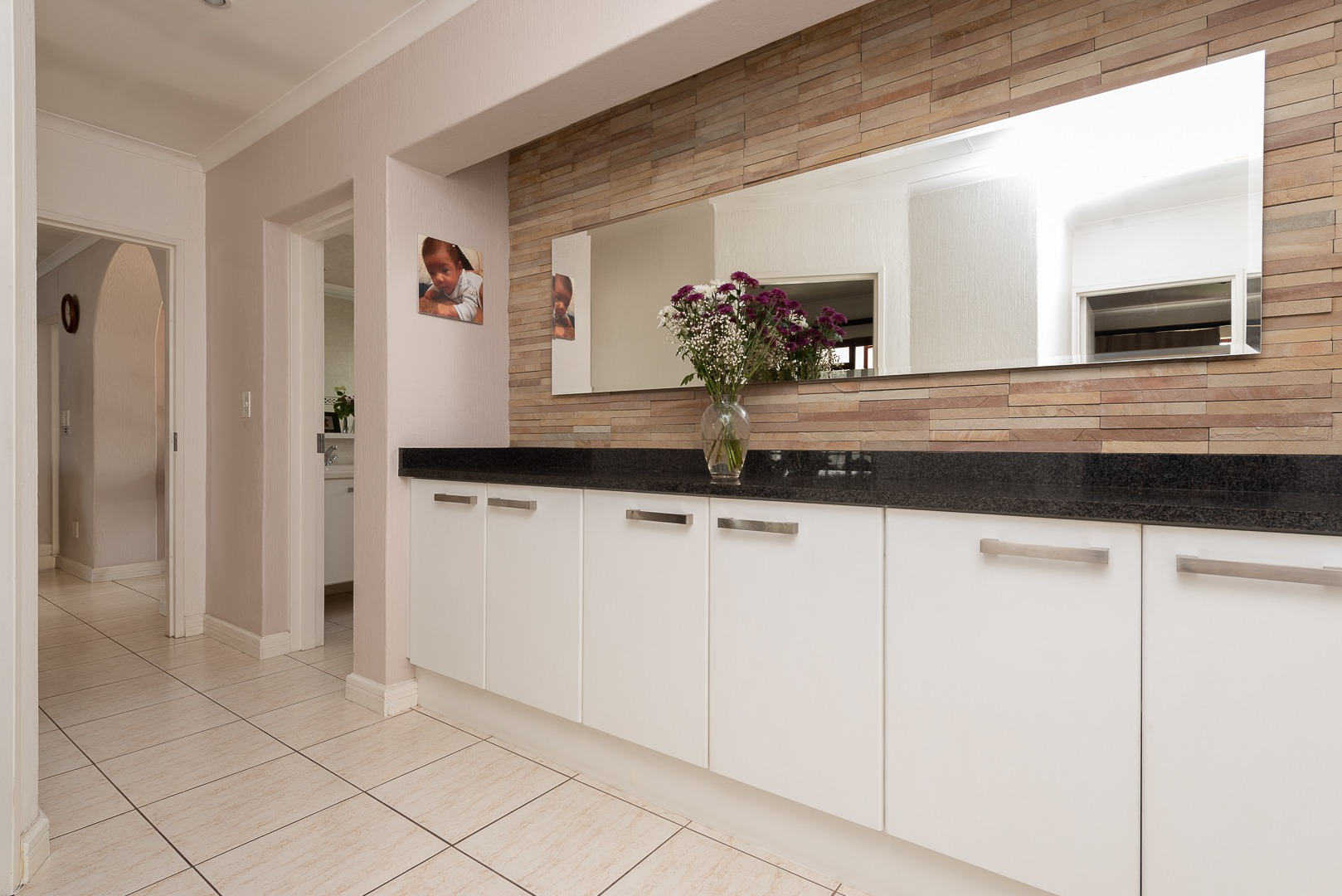 3 Bedroom House For Sale in Lonehill