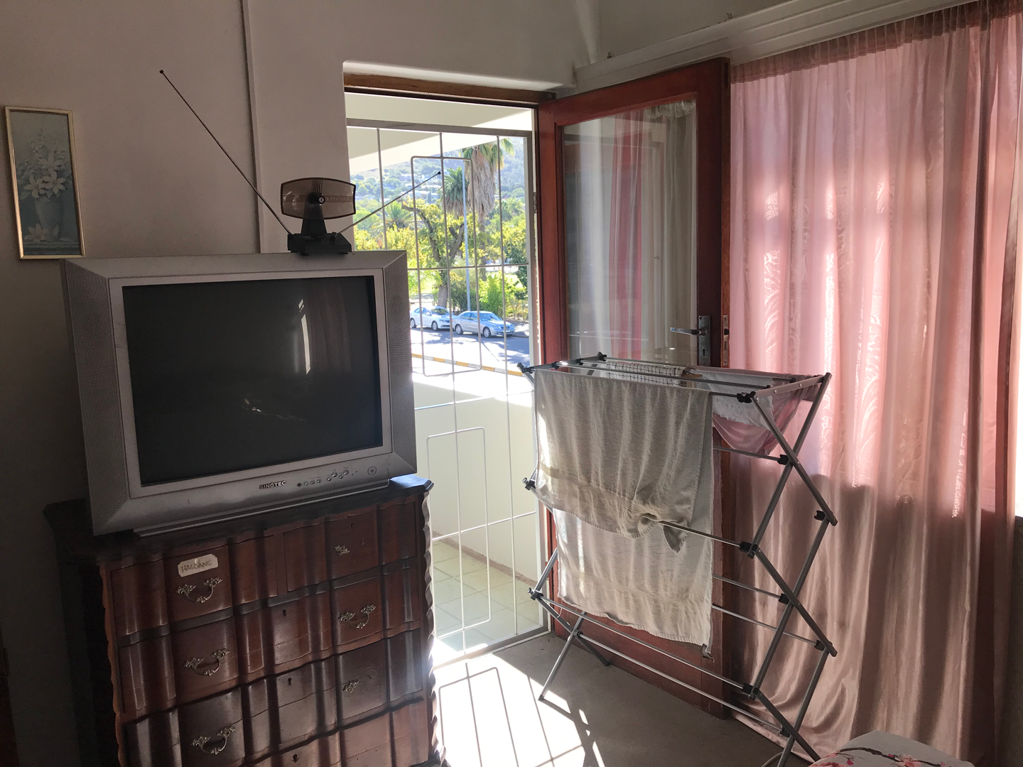 2 Bedroom Apartment / Flat For Sale in Paarl Central West