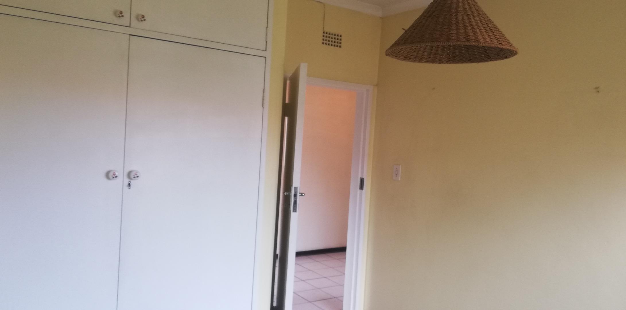 3 Bedroom Townhouse For Sale in Brackenhurst