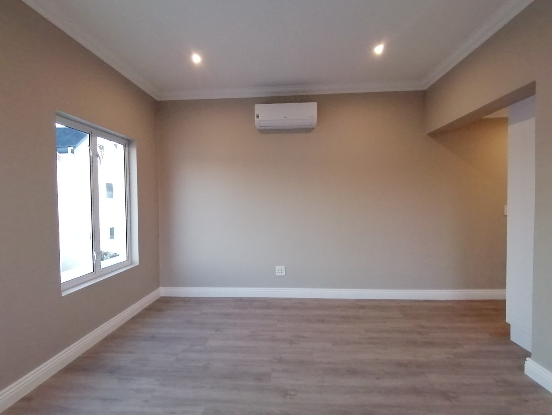 4 Bedroom House For Sale in Koelenbosch Country Estate
