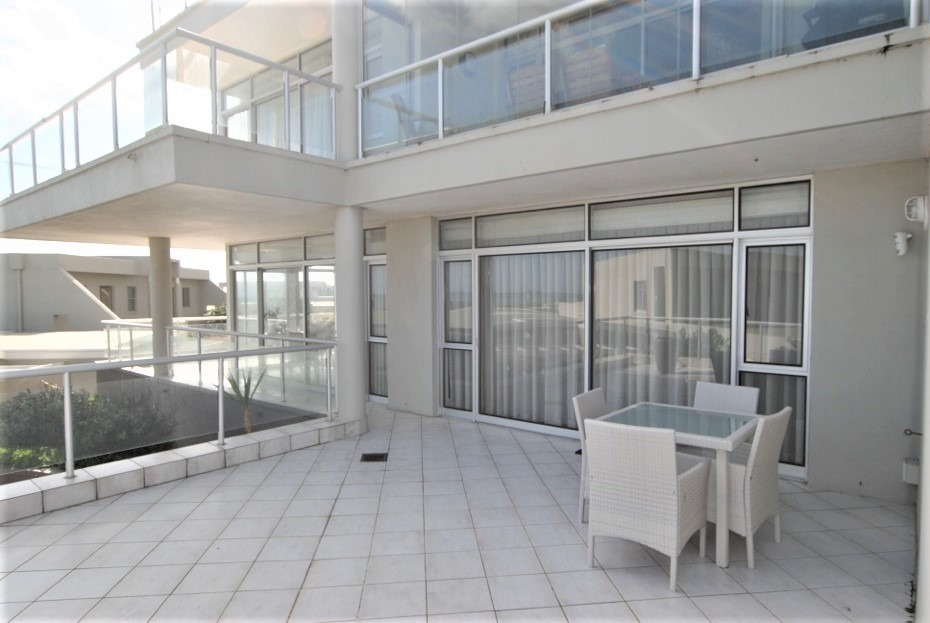 3 Bedroom Apartment / Flat For Sale in Table View