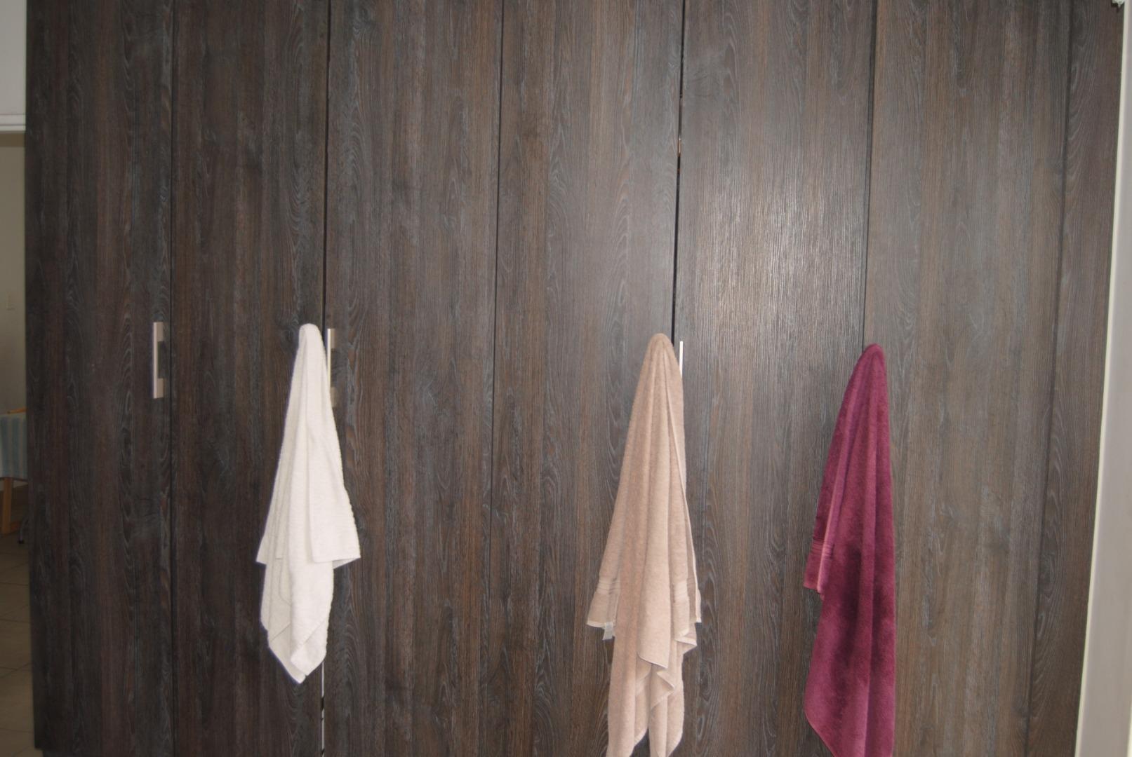2 Bedroom Apartment / Flat To Rent in Bryanston
