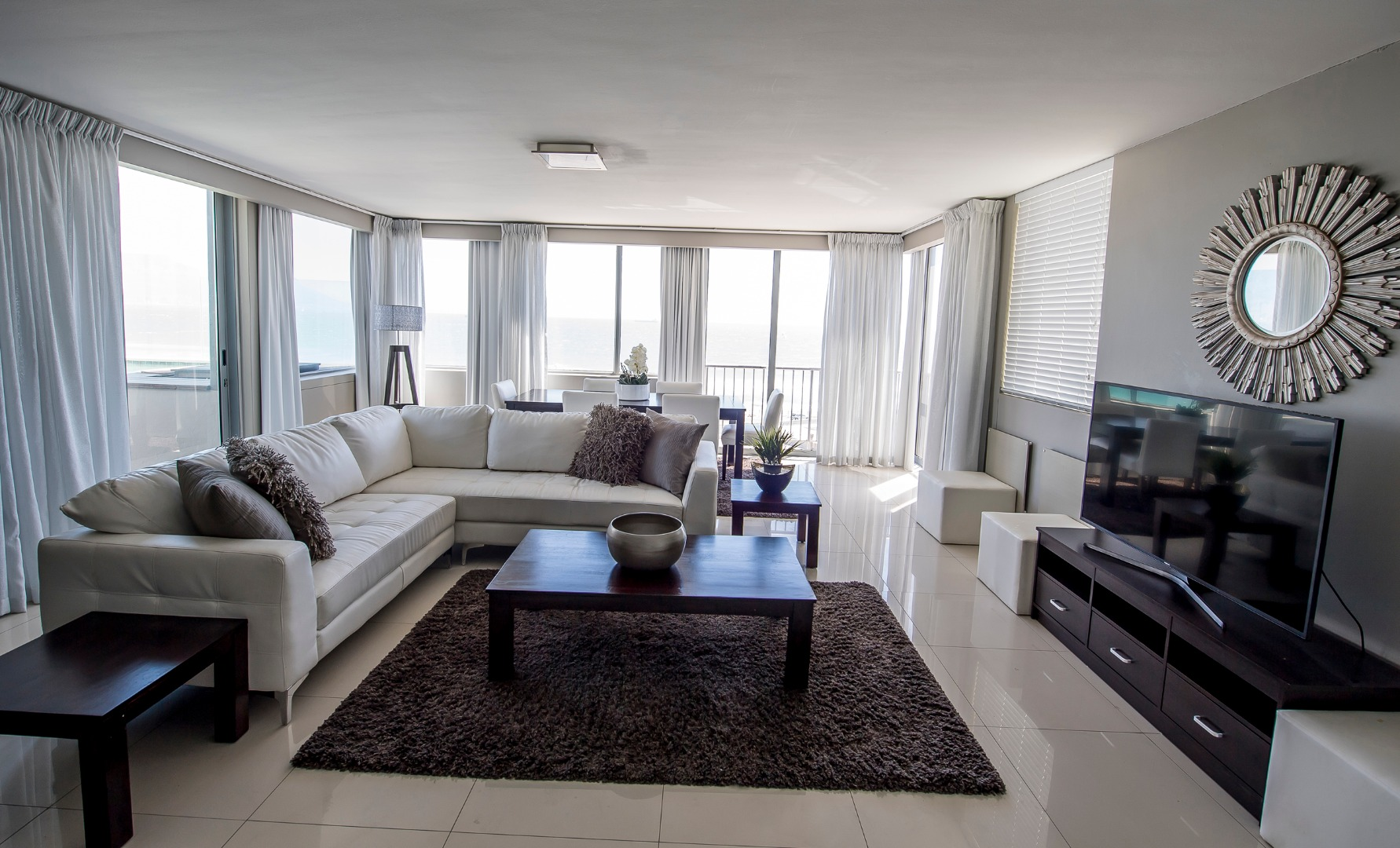 4 Bedroom Apartment / Flat For Sale in Table View