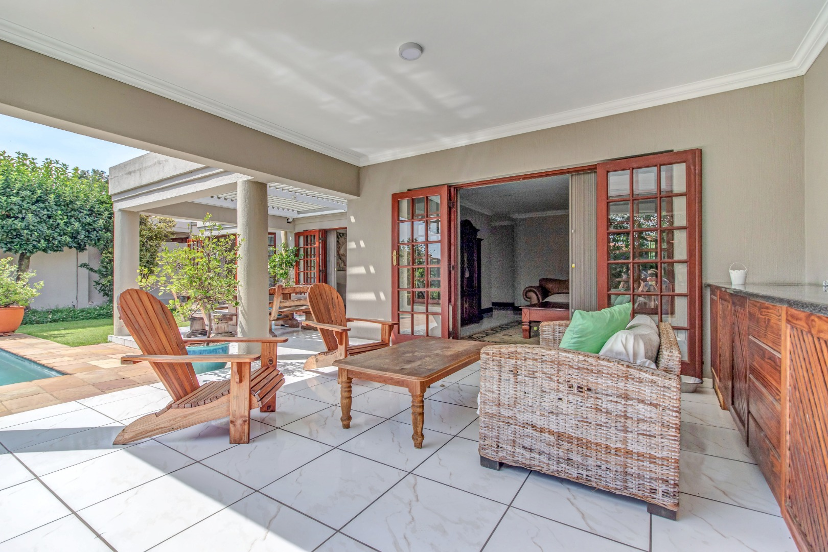 3 Bedroom House For Sale in Douglasdale