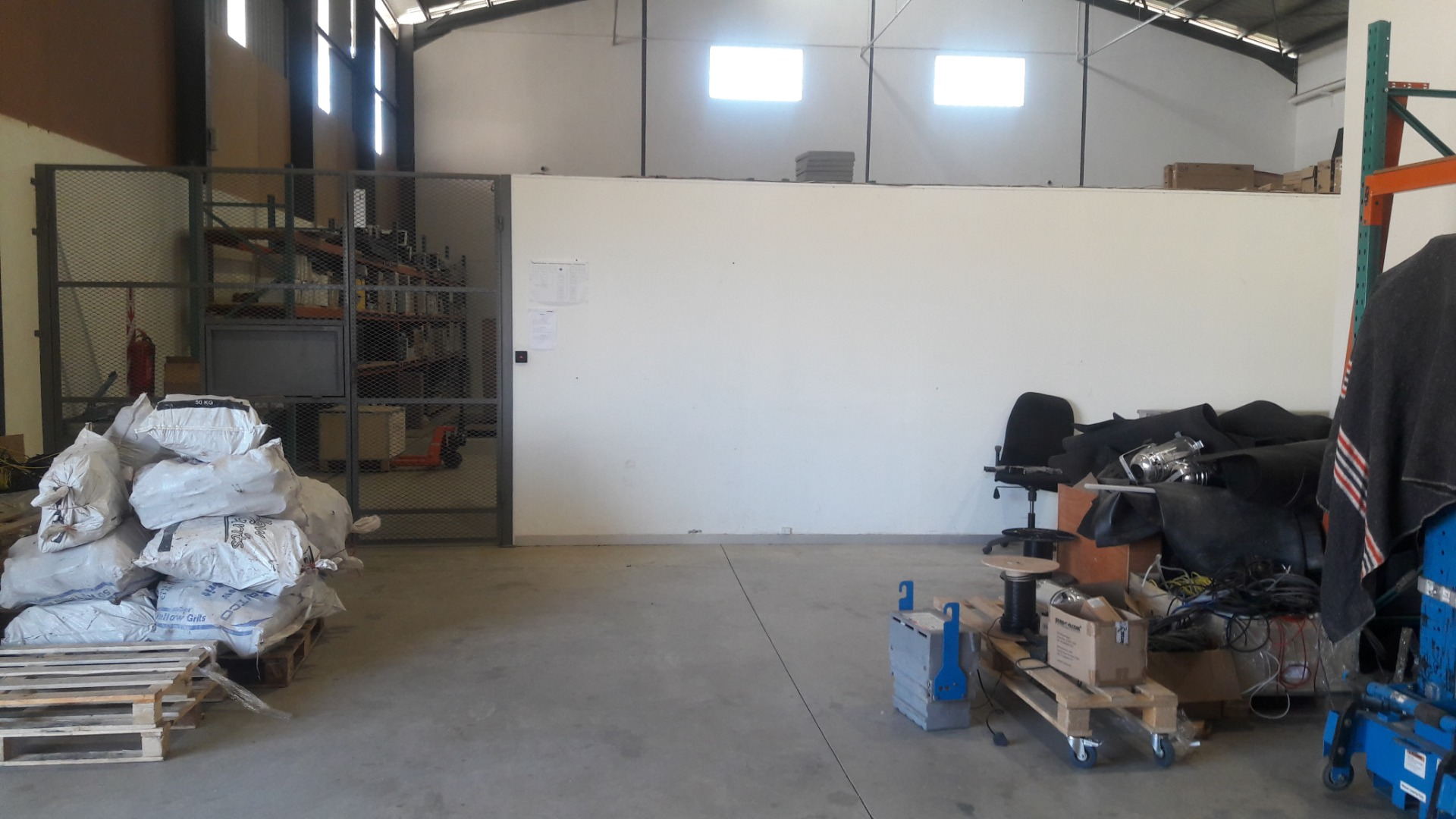 Industrial Property in Windhoek Central To Rent