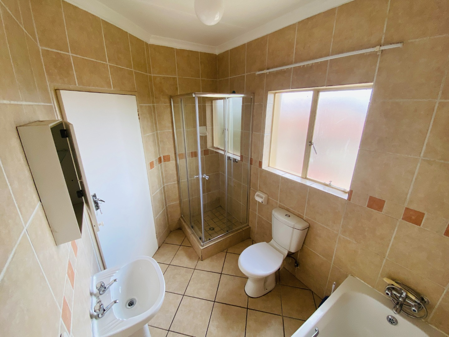 2 Bedroom Apartment / Flat For Sale in Country View