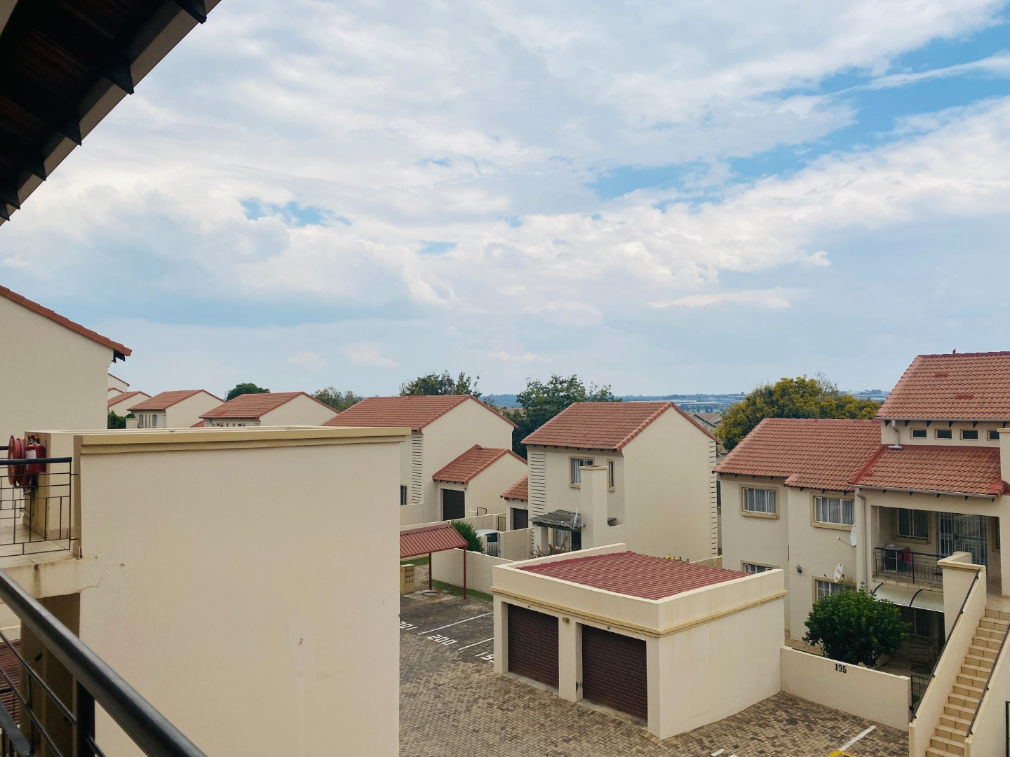 2 Bedroom Apartment / Flat To Rent in Country View