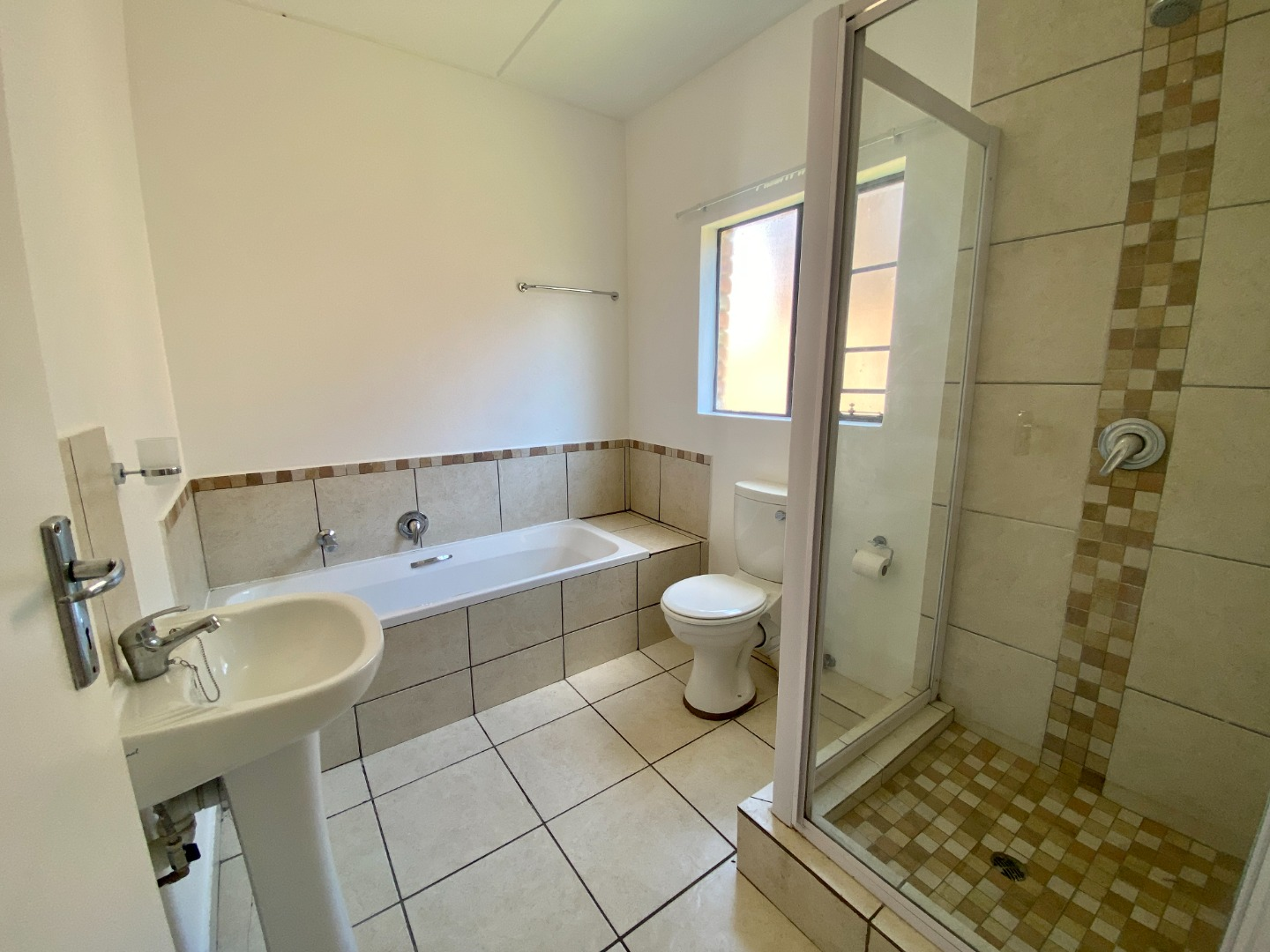 2 Bedroom Apartment / Flat For Sale in Grand Central