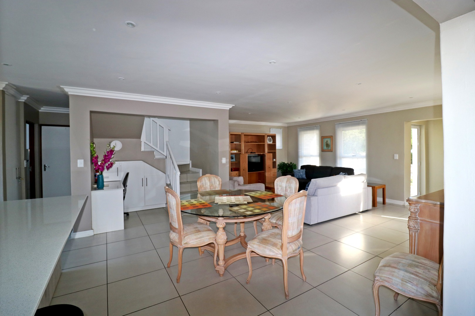 3 Bedroom House For Sale in Yzerfontein