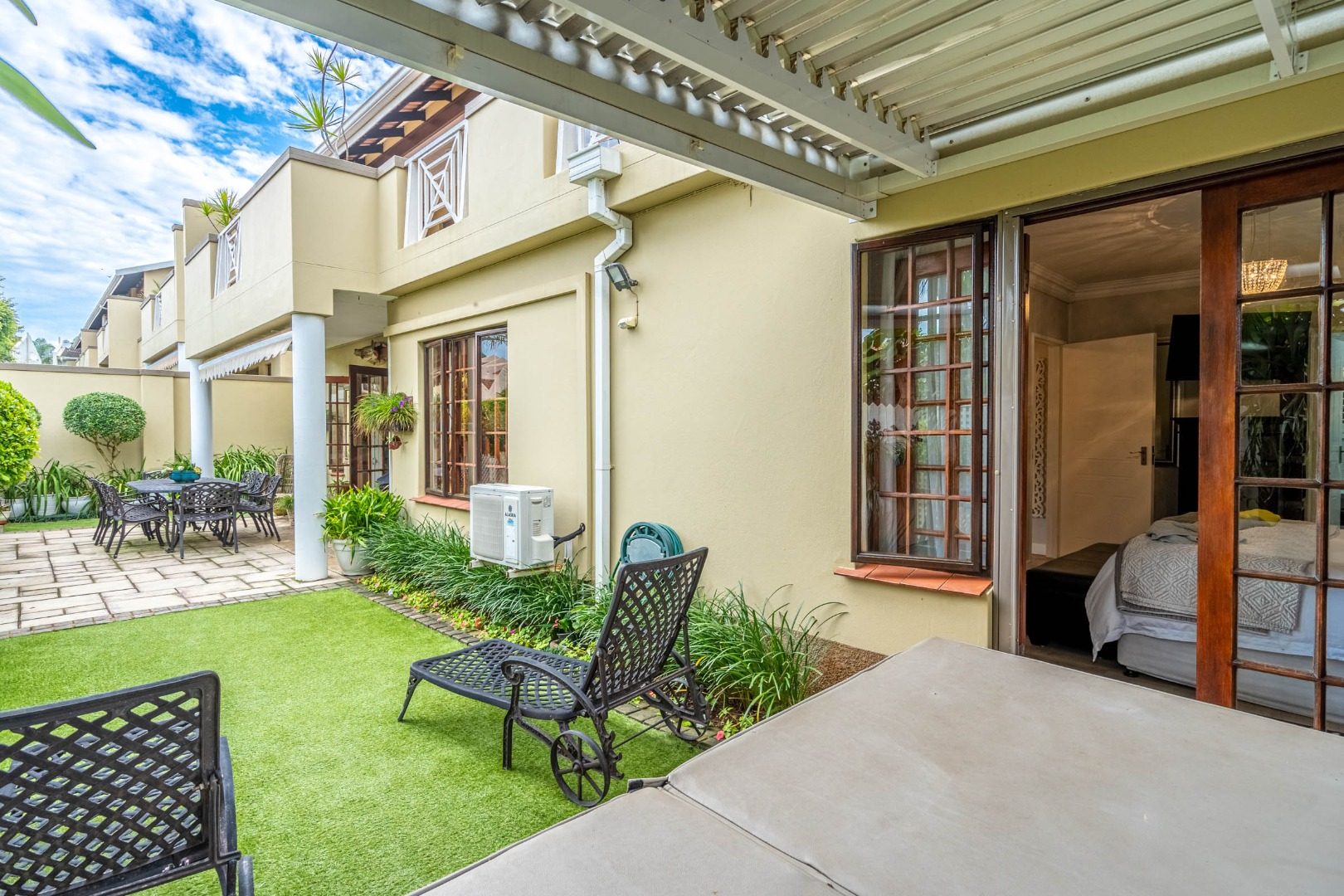 3 Bedroom Townhouse For Sale in Durban North
