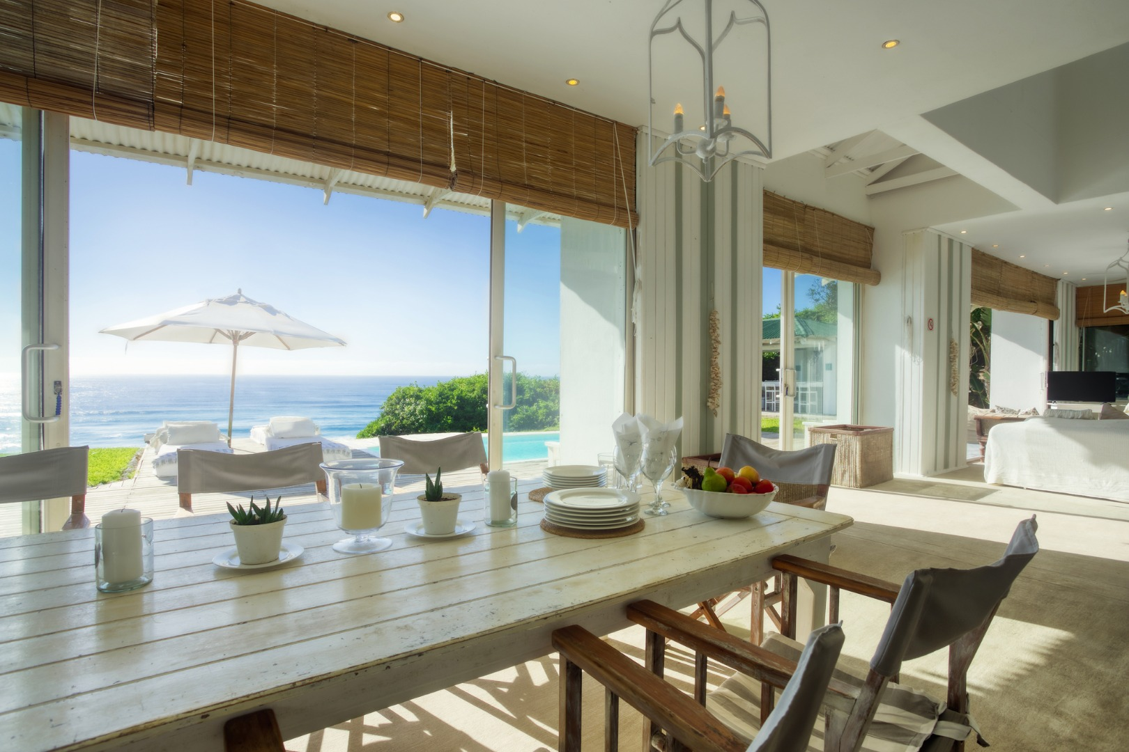 5 Bedroom House For Sale in Ponta Do Ouoro Central