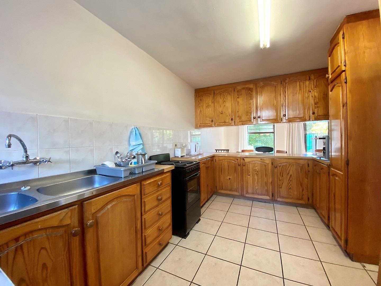 3 Bedroom Townhouse For Sale in Stellenbosch Central