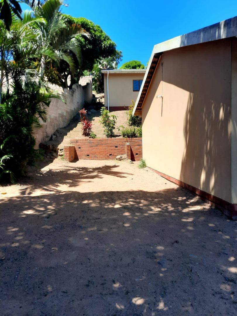 3 Bedroom House For Sale in Umlazi BB