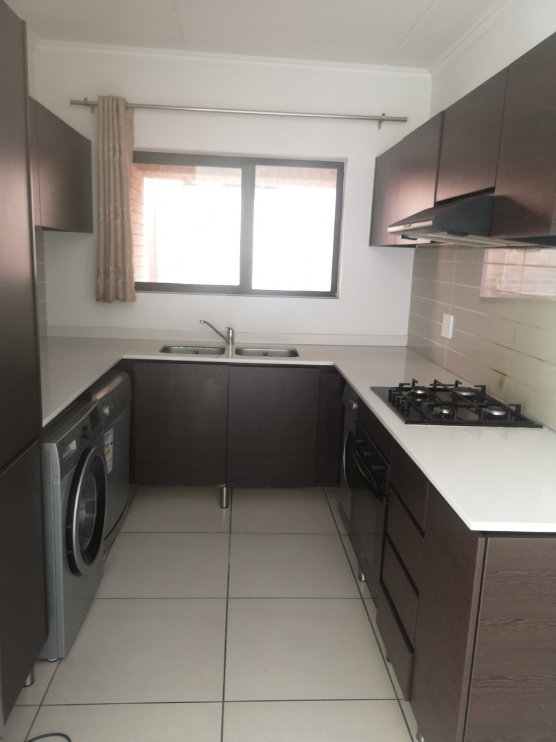 3 Bedroom Apartment / Flat To Rent in Kyalami Hills