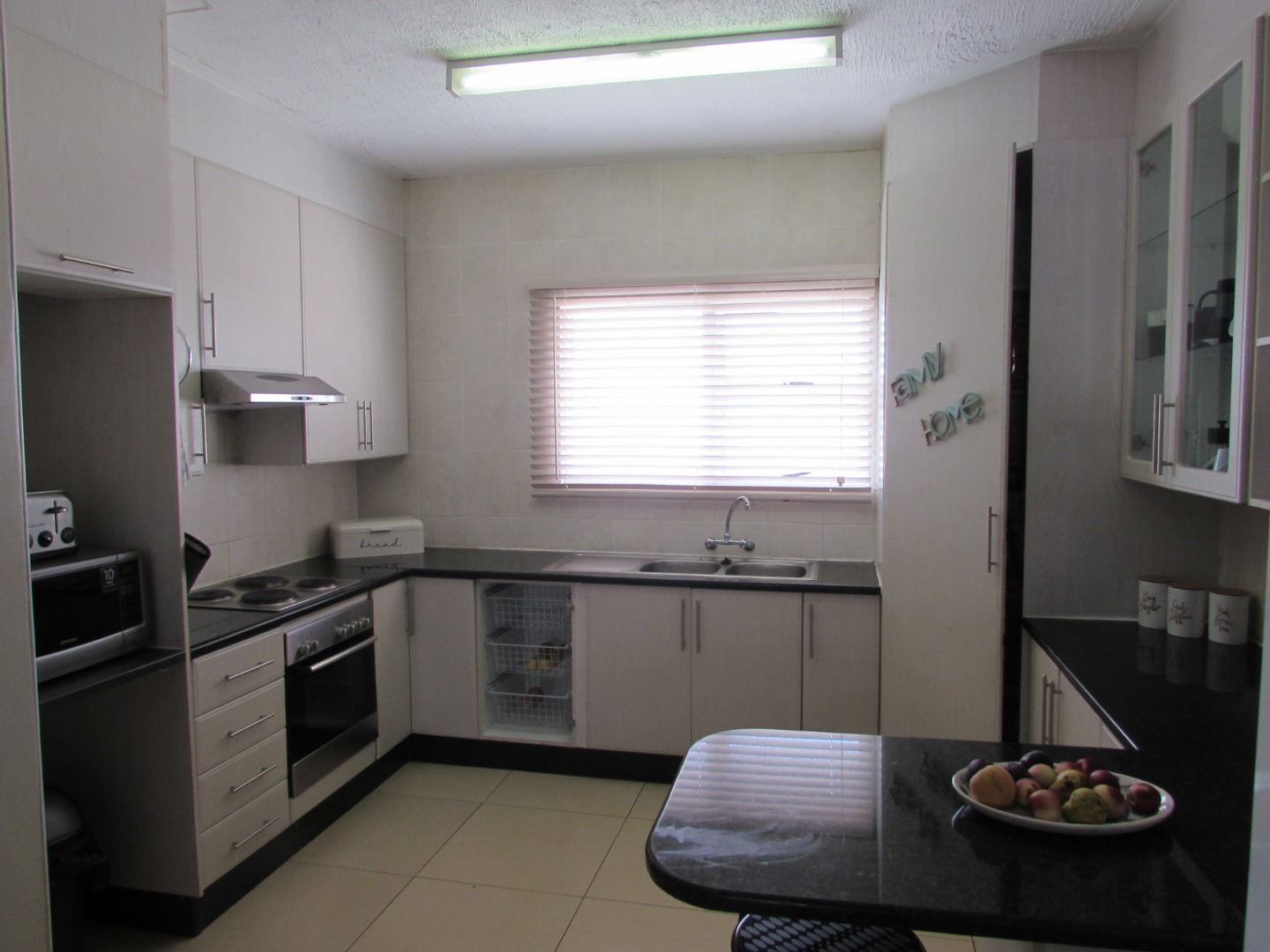 3 Bedroom Townhouse For Sale in Phakalane