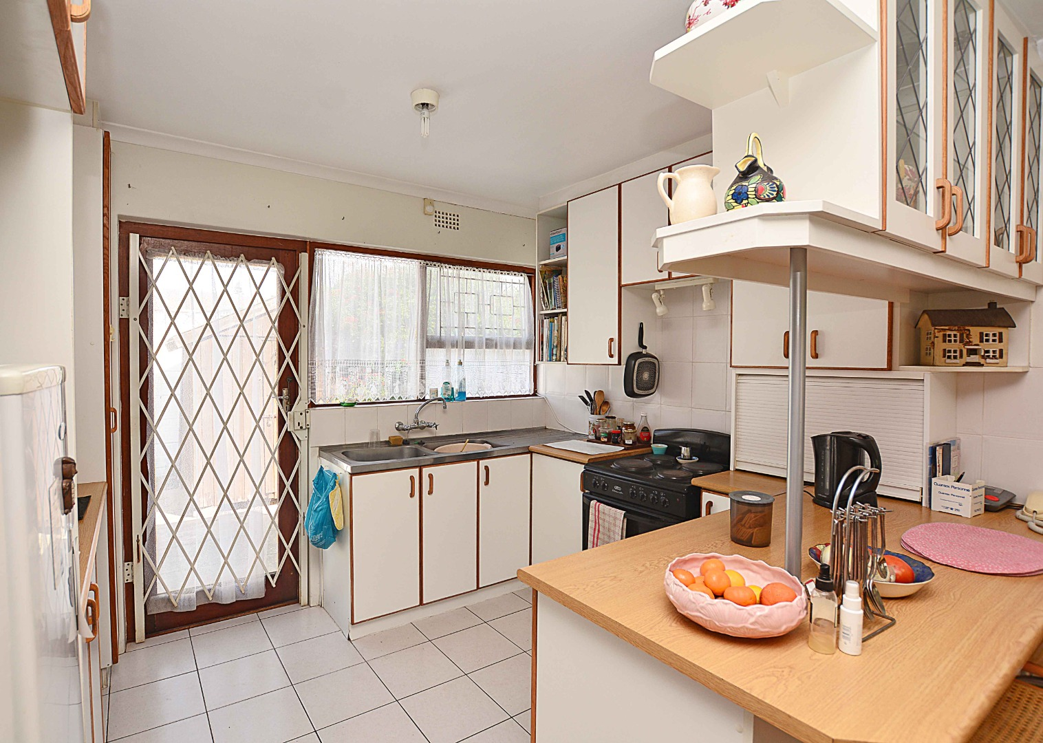 2 Bedroom Townhouse For Sale in Table View
