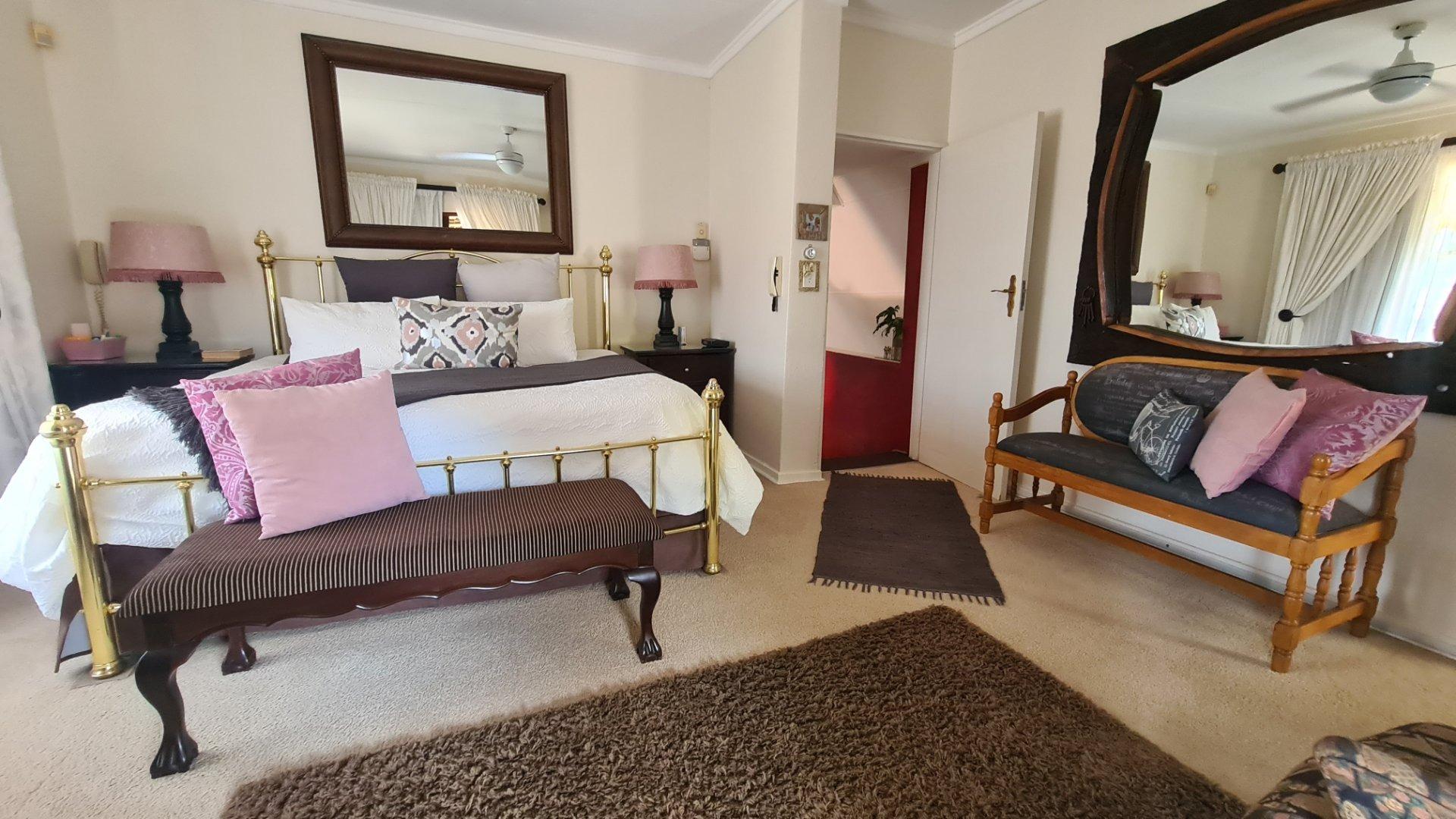 3 Bedroom Apartment / Flat For Sale in Kiepersol