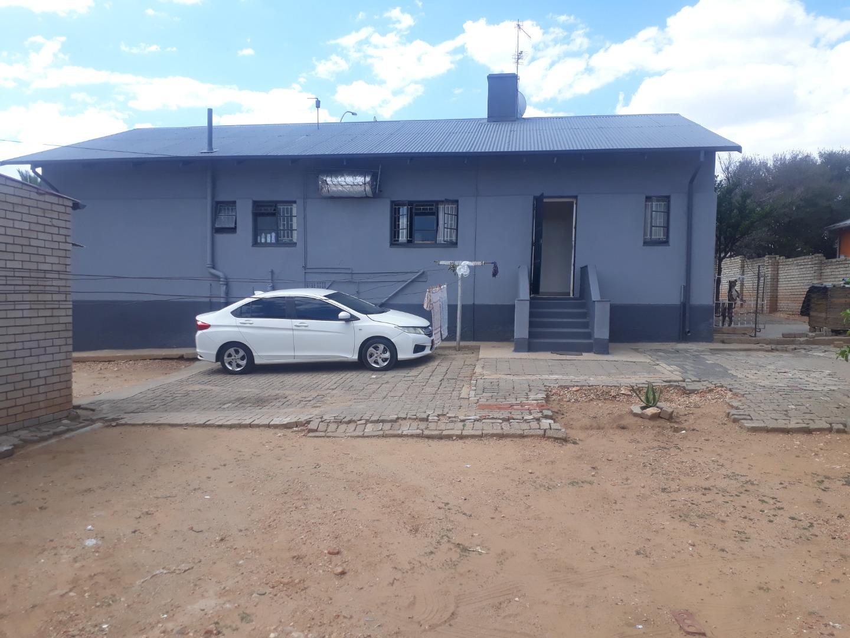 3 Bedroom House For Sale in Windhoek North