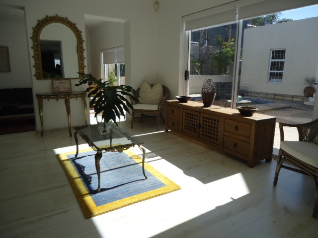 3 Bedroom House For Sale in West Beach