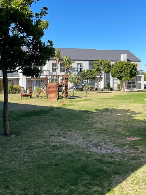 2 Bedroom Apartment / Flat For Sale in Blouberg Sands