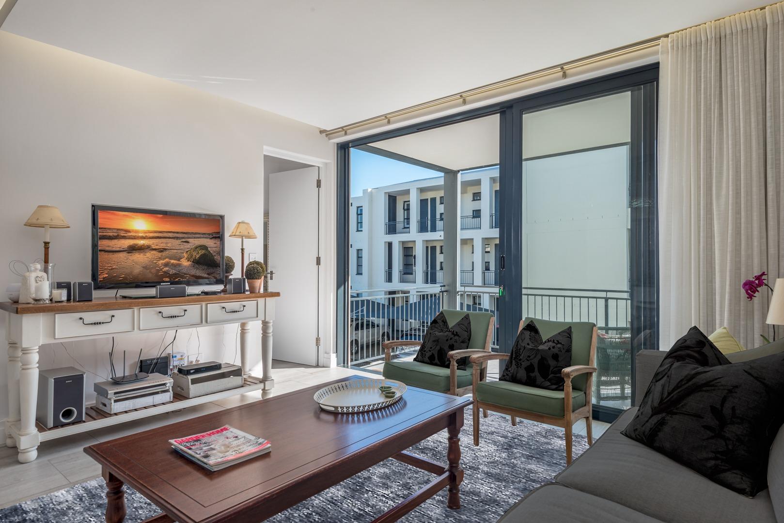3 Bedroom Apartment / Flat For Sale in Paardevlei