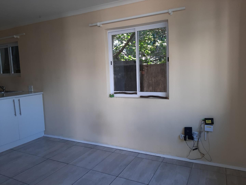 2 Bedroom Apartment / Flat To Rent in Fish Hoek