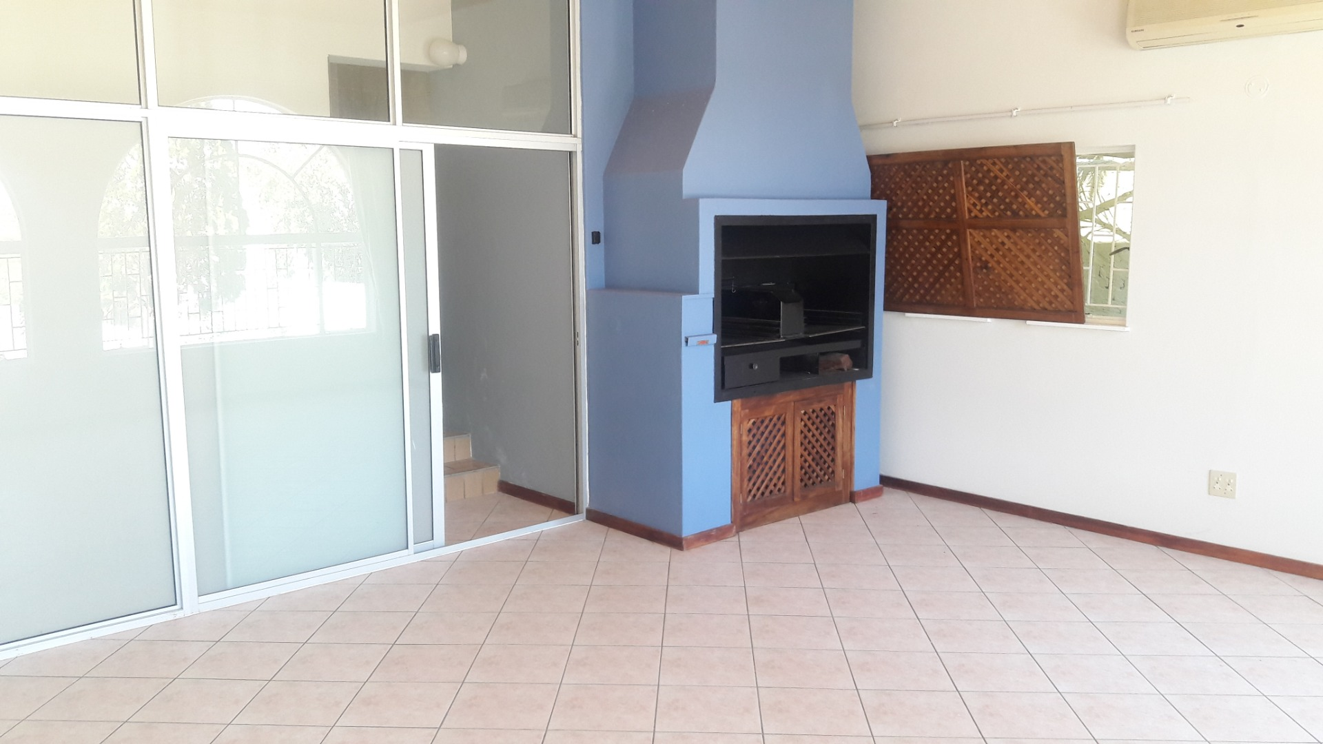 5 Bedroom House For Sale in Eros Park