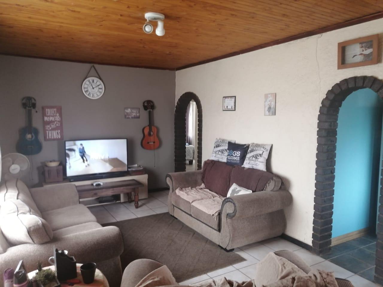 3 Bedroom House For Sale in Paul Krugersoord