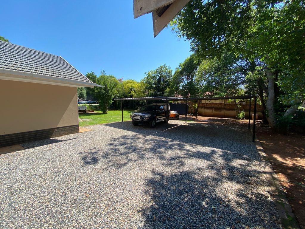 3 Bedroom House For Sale in Lynnwood Glen