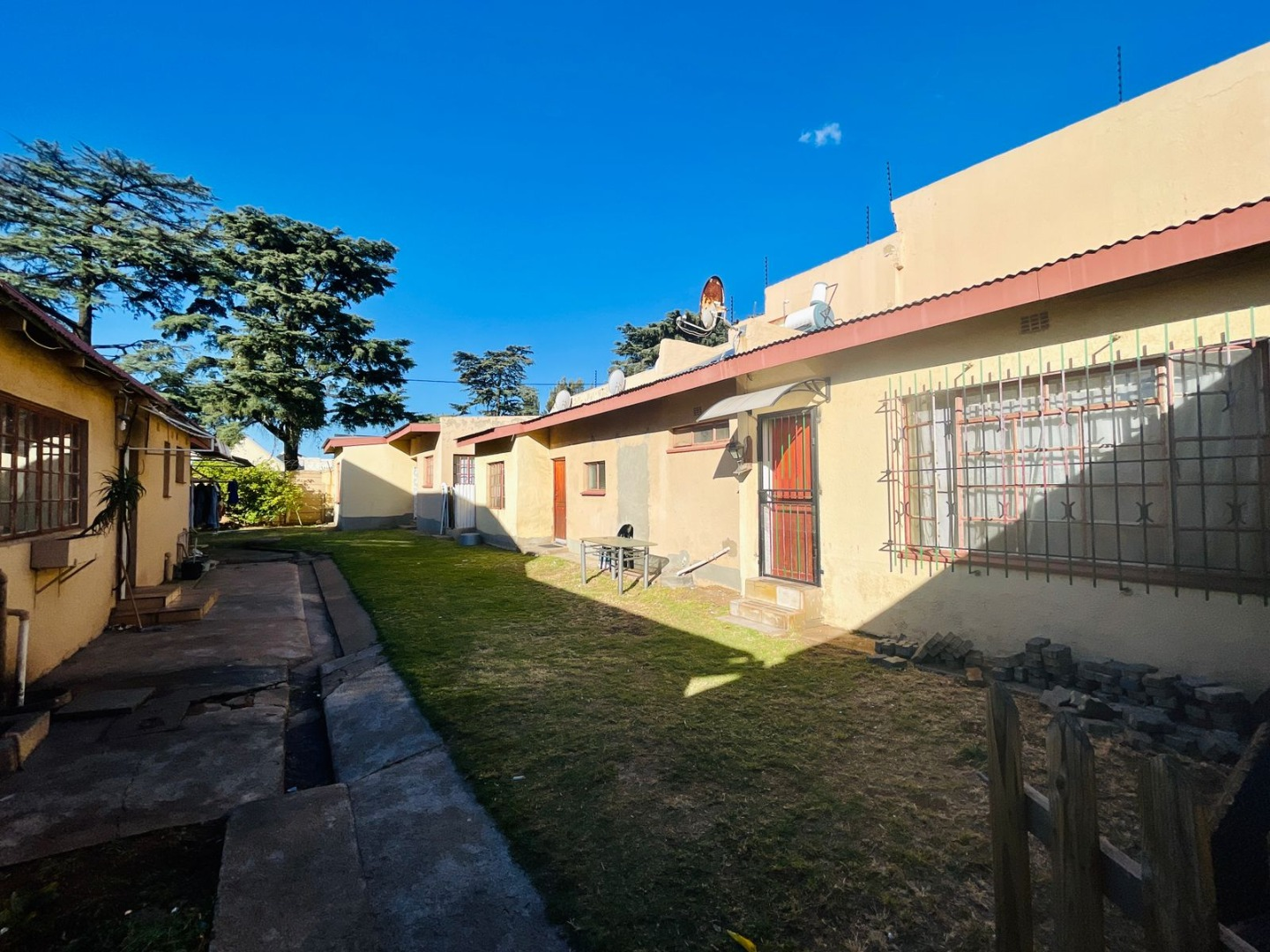 4 Bedroom House For Sale in The Hill