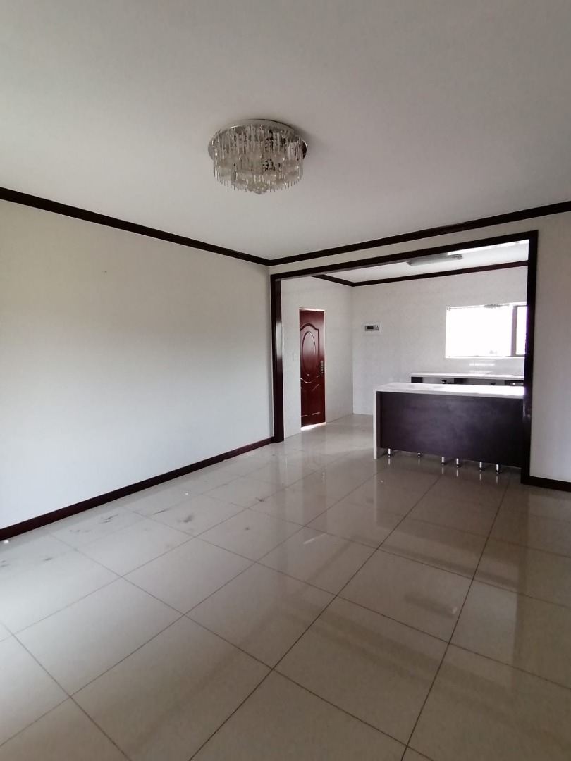 2 Bedroom Apartment / Flat For Sale in Summerset