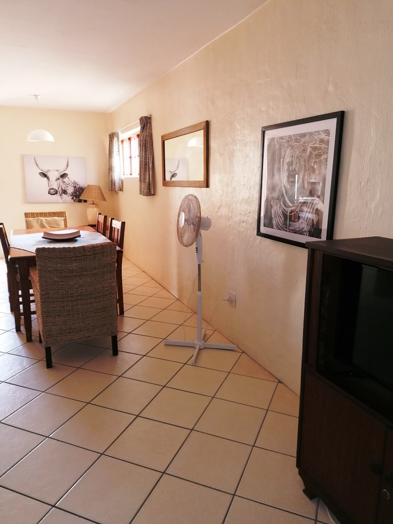 3 Bedroom Townhouse To Rent in West Beach