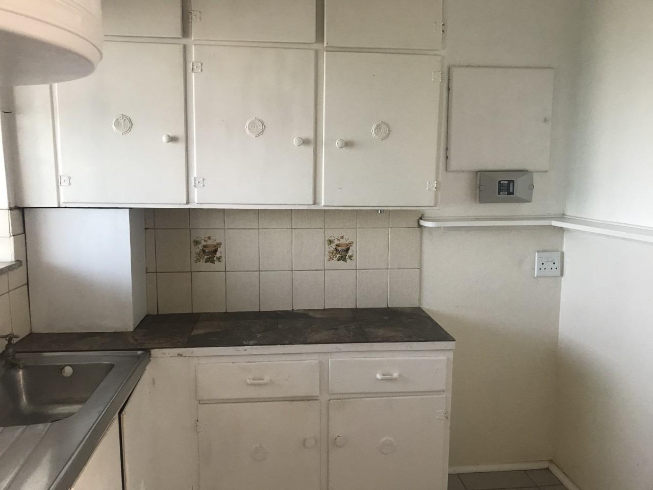 1 Bedroom Apartment / Flat For Sale in Port Elizabeth Central