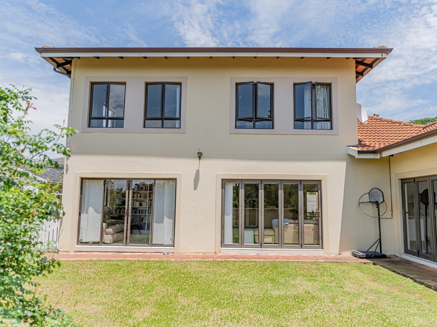 3 Bedroom Apartment / Flat To Rent in Westville Central