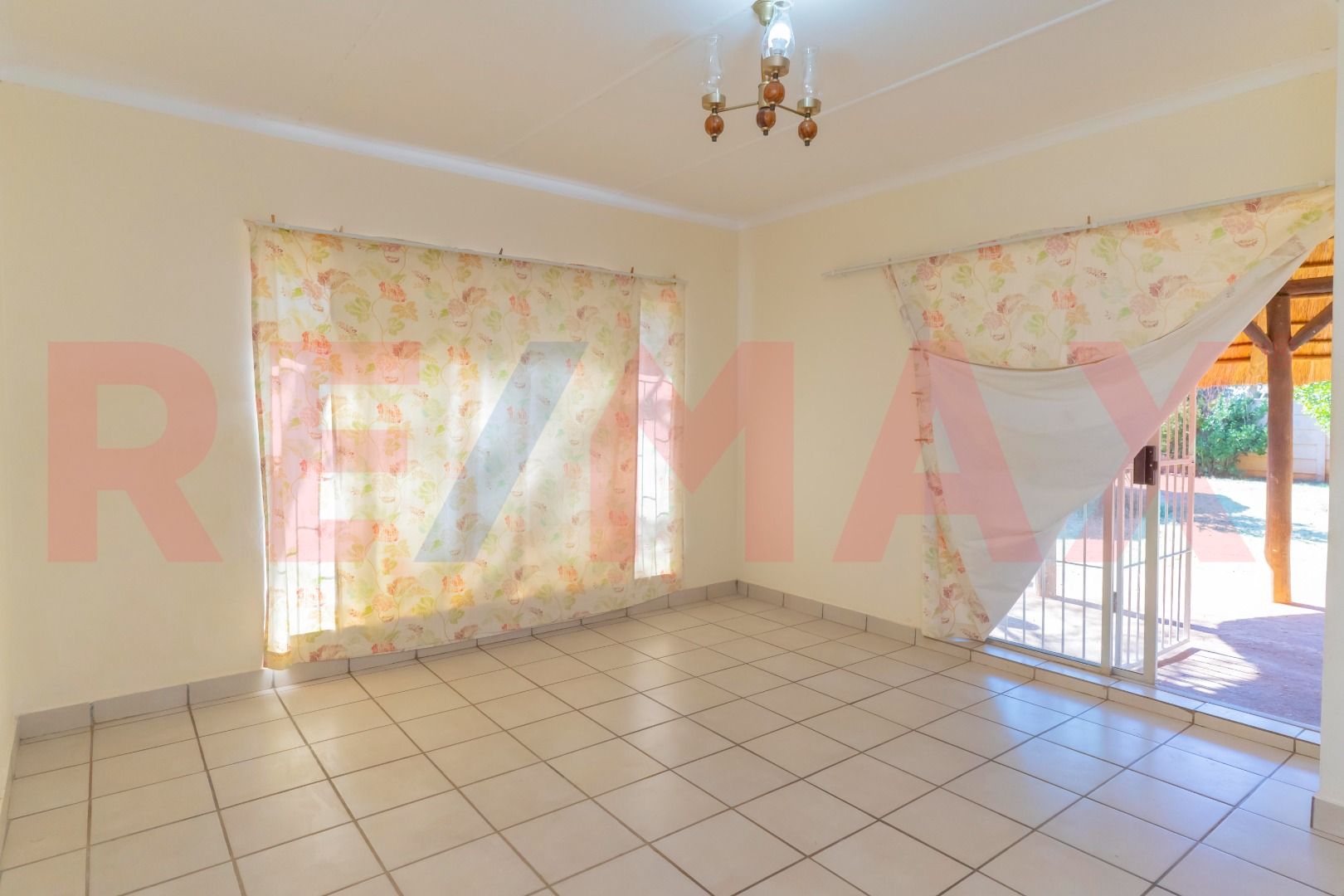 3 Bedroom House For Sale in Stilfontein Ext 4