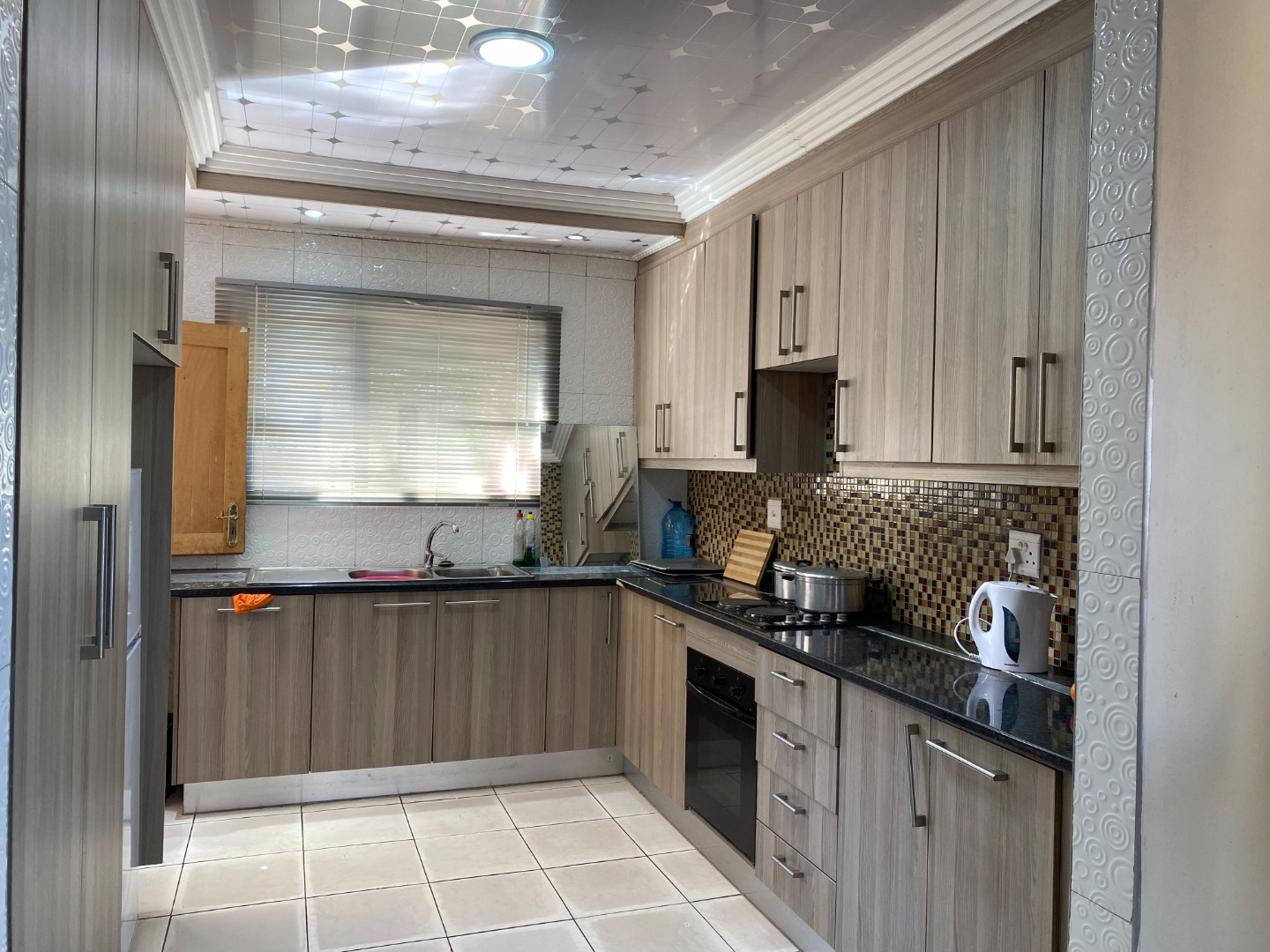 2 Bedroom House For Sale in Chroompark